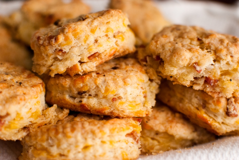 Bacon & Cheddar Biscuits | TheshoeboxKitchen